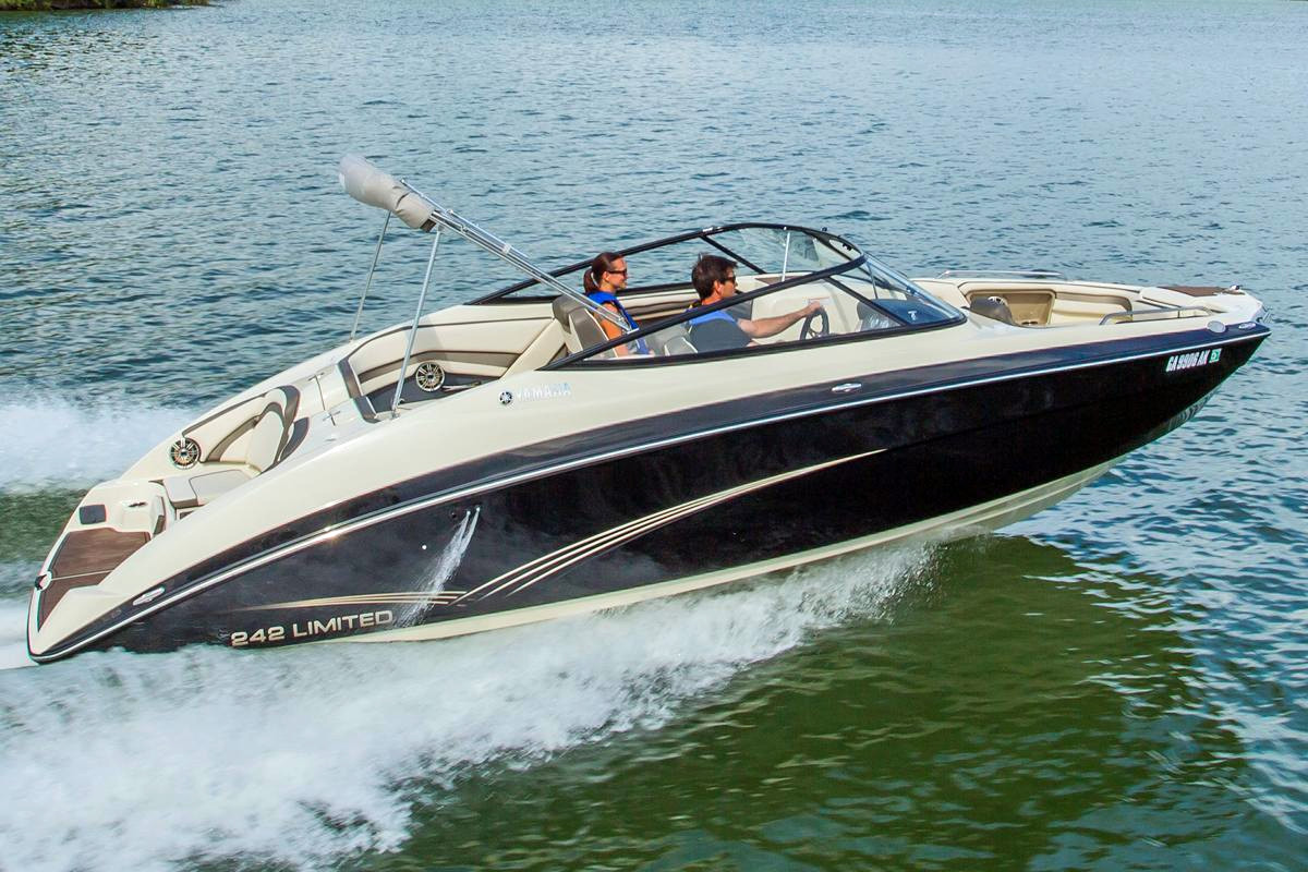 New Yamaha 242 Limited 11168 Bowrider Boat For Sale