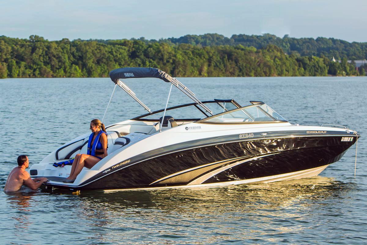 New Yamaha SX240 HO 11166 Bowrider Boat For Sale