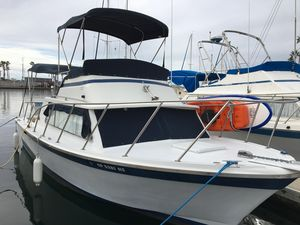 Used Luhrs 28 Sports Fishing Boat For Sale