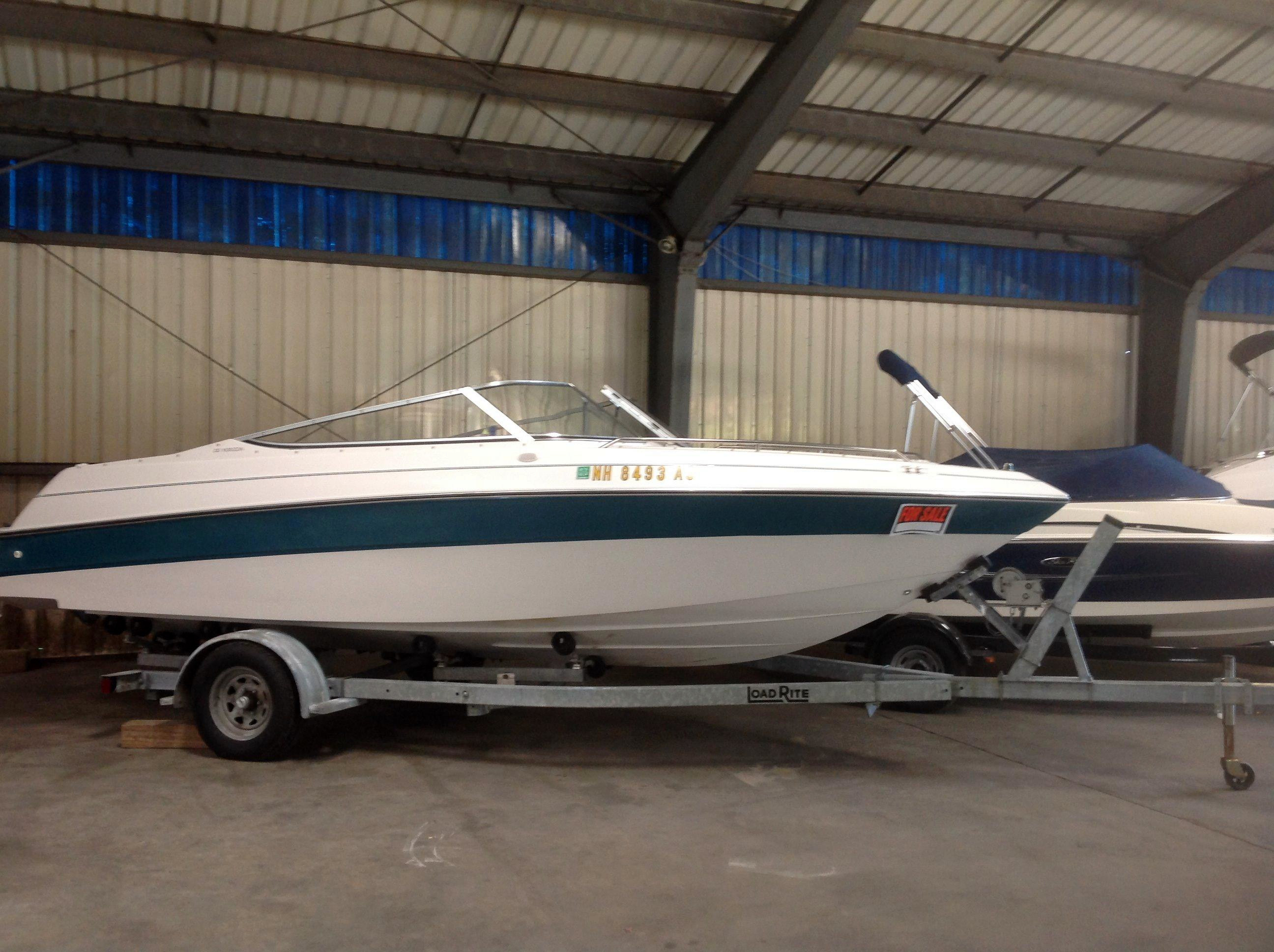 Used Four Winns 210 Horizon 11512 Bowrider Boat For Sale