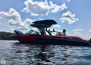 Used Centurion Enzo FX 22 Ski and Wakeboard Boat For Sale