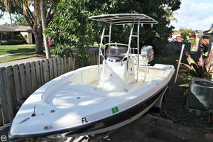 Used Hydra-Sports Bay Bolt 2000 Center Console Center Console Fishing Boat For Sale