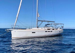 Used Jeanneau 519 Cruiser Sailboat For Sale