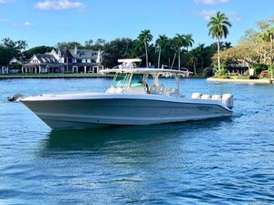 Used Hydra-Sports 4200 Siesta Center Console Fishing Boat For Sale