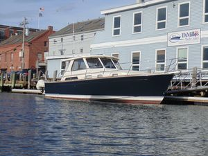 Used Sabre 38 Hardtop Express Cruiser Boat For Sale