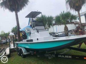 Used Majek 22 Illusion Bay Boat For Sale