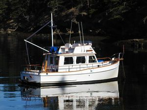 Used Grand Banks Sedan Motor Yacht For Sale