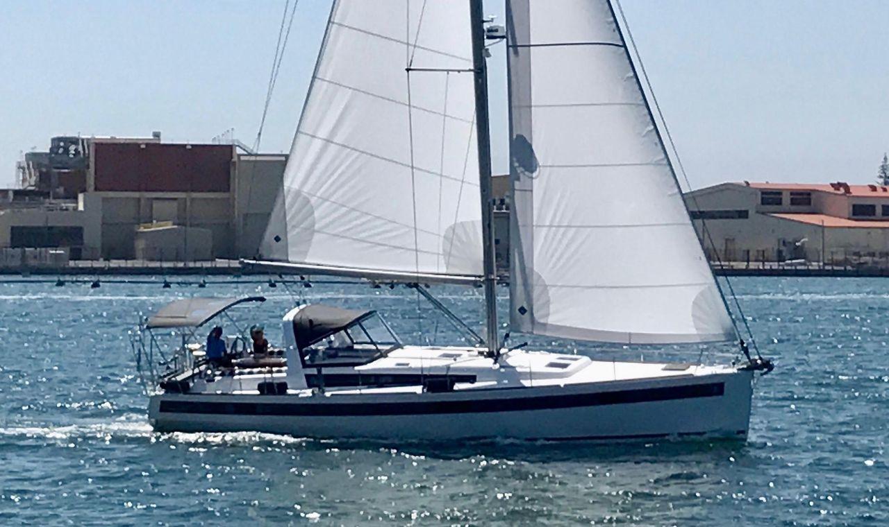 2017 Used Beneteau Oceanis 48 Sloop Sailboat For Sale 565 000