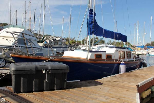 Used Pearson 28 Triton Sloop Sailboat For Sale
