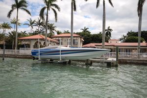 Used Manta 38 High Performance Boat For Sale