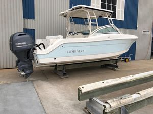 Used Robalo R 247 DC Cruiser Boat For Sale
