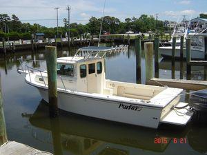 Used Parker 2320 SL Sport Cabin Cuddy Cabin Boat For Sale