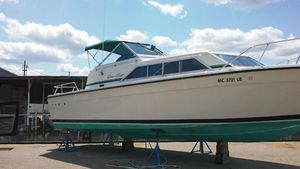 Used Chris-Craft 281 Catalina Cruiser Boat For Sale