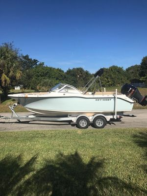 Used Key West 239 DFS Bowrider Boat For Sale