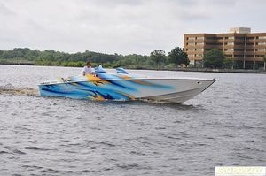 Used Avanti 33 OS High Performance Boat For Sale