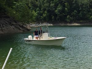 Used May-Craft 18 FT Center Console Center Console Fishing Boat For Sale