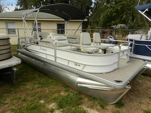 New Sweetwater 180180 Pontoon Boat For Sale