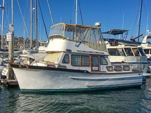 Used Eagle 36 Trawler Motor Yacht For Sale