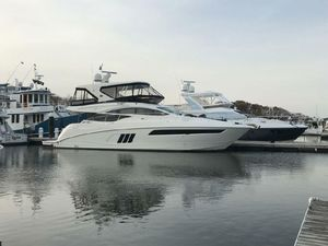 Used Sea Ray L590 FlyL590 Fly Motor Yacht For Sale