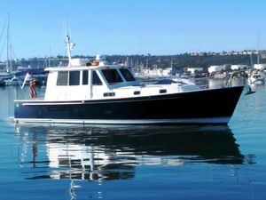 Used Legacy Yachts Express Cruiser Boat For Sale