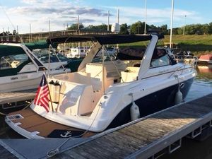 Used Rinker 290 FIESTA VEE290 FIESTA VEE Cruiser Boat For Sale