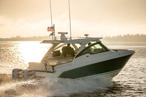 New Tiara Sport 34 LX Cruiser Boat For Sale