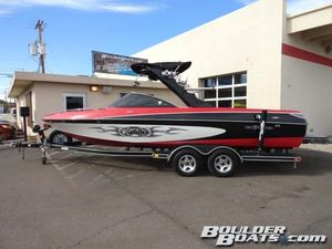 Used Malibu 23 XTi23 XTi Ski and Wakeboard Boat For Sale