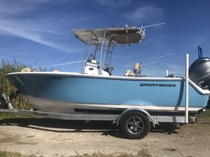 Used Sportsman Boats 211 Heritage211 Heritage Center Console Fishing Boat For Sale