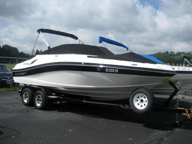 Used Rinker 216BR Bowrider Boat For Sale