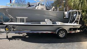 New Maverick Boat Co. 17 Hpx-s Center Console Fishing Boat For Sale