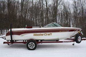 Used Mastercraft Prostar 205V Other Boat For Sale