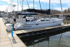 Used Catalina 42 MKII Racer and Cruiser Sailboat For Sale