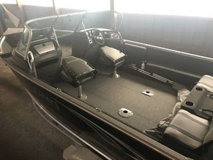 New Lund 1875 Impact XS Sports Fishing Boat For Sale