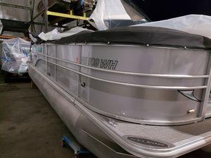 Used Sylvan 8522 LZ Pontoon Boat For Sale