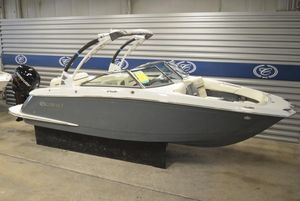 New Cobalt 25SC25SC Bowrider Boat For Sale