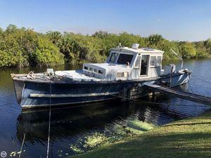 Used Uniflite Navy 50 Utility Boat Trawler Boat For Sale