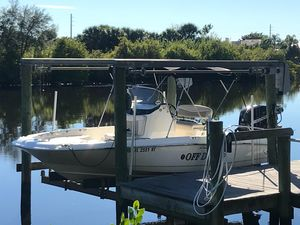 Used Boston Whaler 210 Dauntless High Performance Boat For Sale