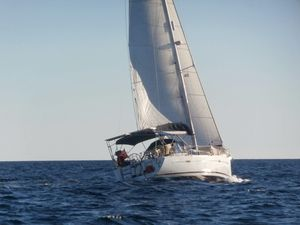 Used Beneteau Oceanis 40 CC Cruiser Sailboat For Sale