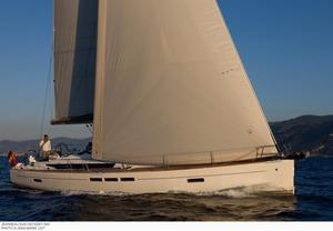 Used Jeanneau 519 Sun Odyssey Cruiser Sailboat For Sale