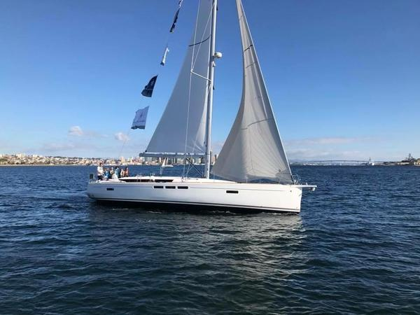 New Jeanneau 519 Racer and Cruiser Sailboat For Sale