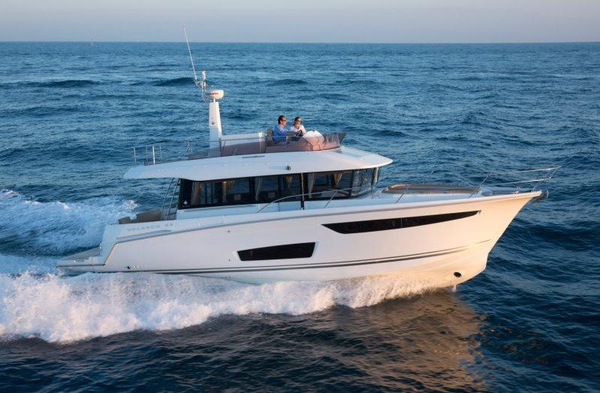 New Jeanneau Velasco 43 Motor Yacht For Sale