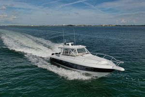 Used Intrepid 390 Sport Yacht Motor Yacht For Sale