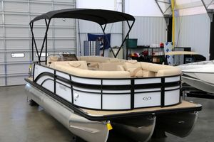 New Harris Sunliner 220 CWSunliner 220 CW Pontoon Boat For Sale
