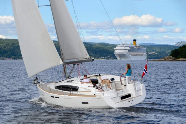 New Jeanneau 41DS Cruiser Sailboat For Sale