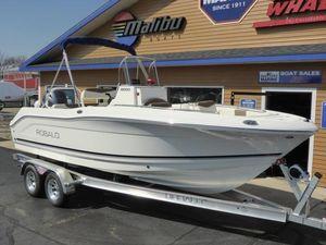 New Robalo R200ESR200ES Center Console Fishing Boat For Sale
