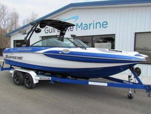 New Supreme S226S226 Ski and Wakeboard Boat For Sale