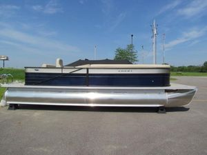 New Crest II 250 SLSII 250 SLS Pontoon Boat For Sale
