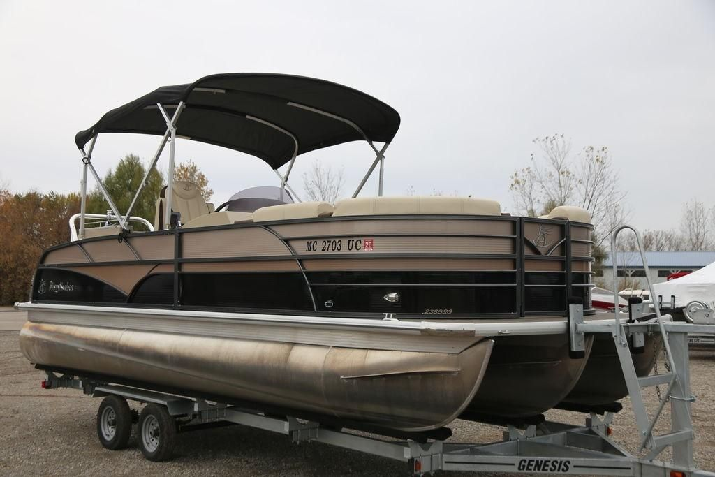 2016 Used Misty Harbor Sg 2385sg 2385 Pontoon Boat For Sale