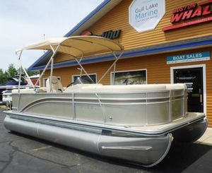"New Harris Cruiser 200 2-25""Cruiser 200 2-25"" Pontoon Boat For Sale"
