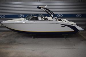 New Cobalt R27 SurfR27 Surf Ski and Wakeboard Boat For Sale